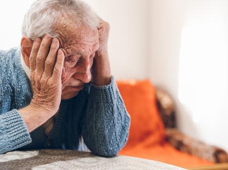 Ameaça a Idosos – Entenda porque bancos e golpistas cada vez mais ferem a dignidade de aposentados e pensionistas